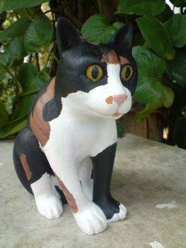 ウリボ彫刻像